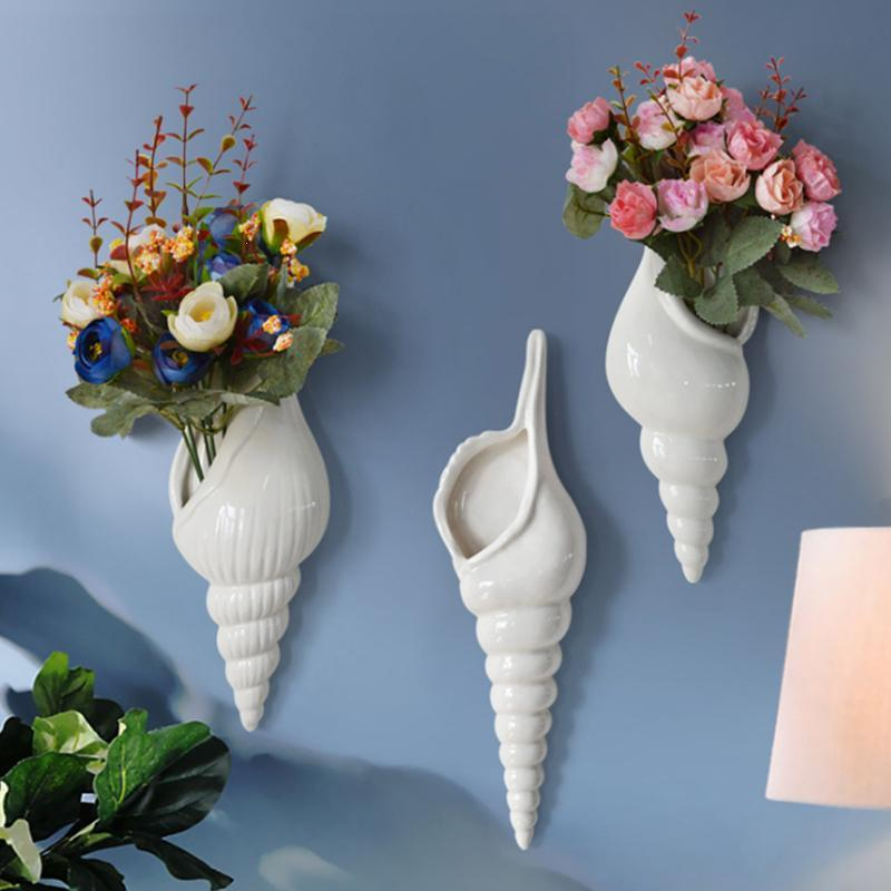 Contemporary 3D Wall-Mounted Shell Flower Vase