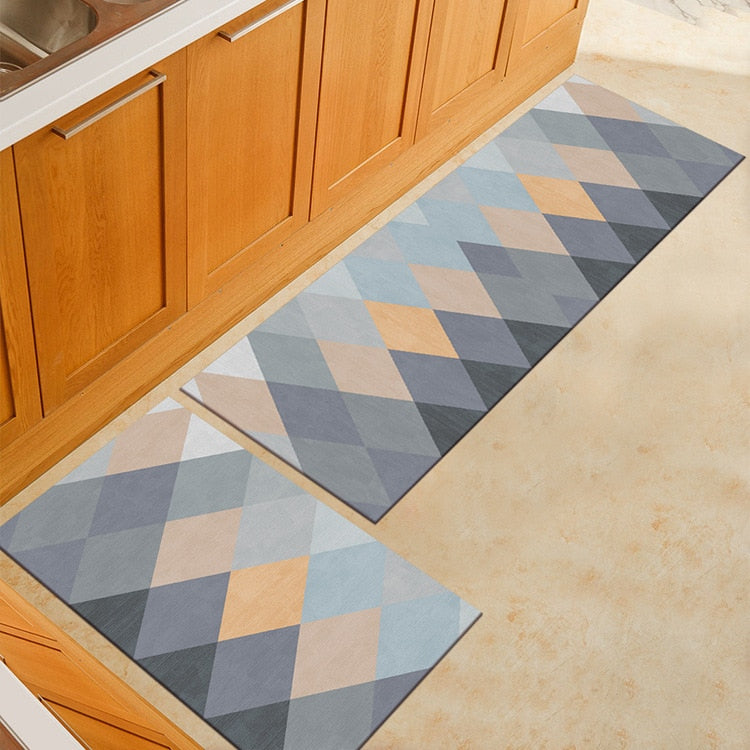 Gray Triangle Pattern Door Mat / Floor Runner