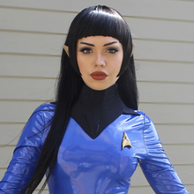 "Charger l'image dans la galerie, Jillea - ""Spock"" cosplay signed photo"
