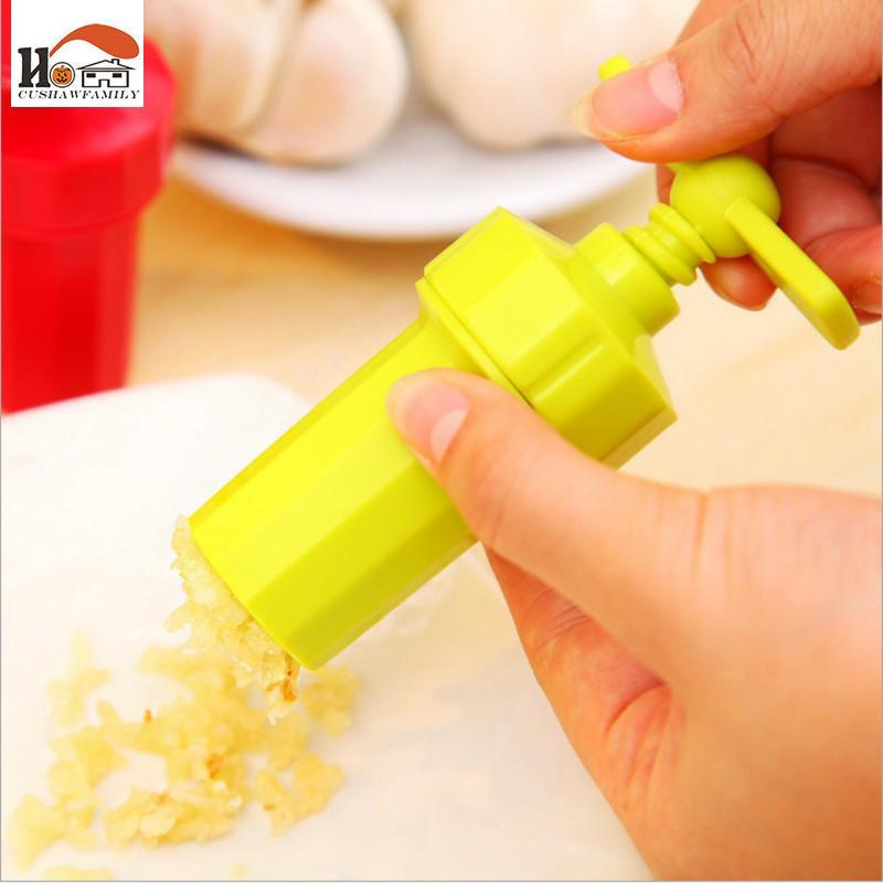 Twist Down Ginger/Garlic Press