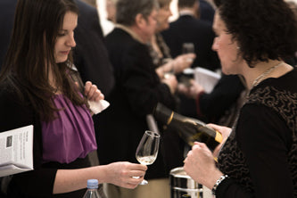 Isabelle Pommier pouring her delicious Chablis