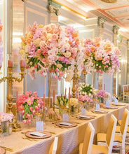 Load image into Gallery viewer, beautiful gold flower centerpiece wedding venue round diameter bridal