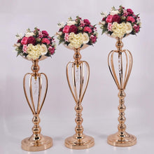 Load image into Gallery viewer, Elegant gold candle/flower holders