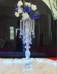 Beautiful crystal  centerpiece acrylic flower stand