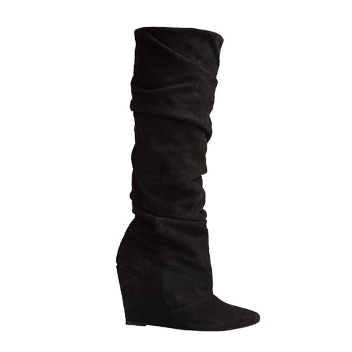 Cherry Boot - Black Suede is one of Barcemoda's most comfortable and stylish ladies black boots.