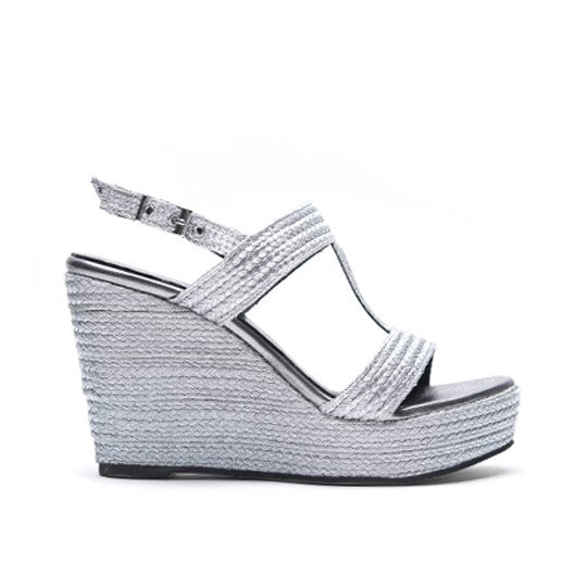 Esther Wedge - Silver is one of Barcemoda's most sophisticated ladies wedge heels.