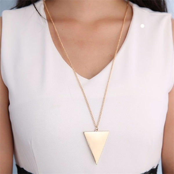 Long retro style triangle necklace - MEEDIL