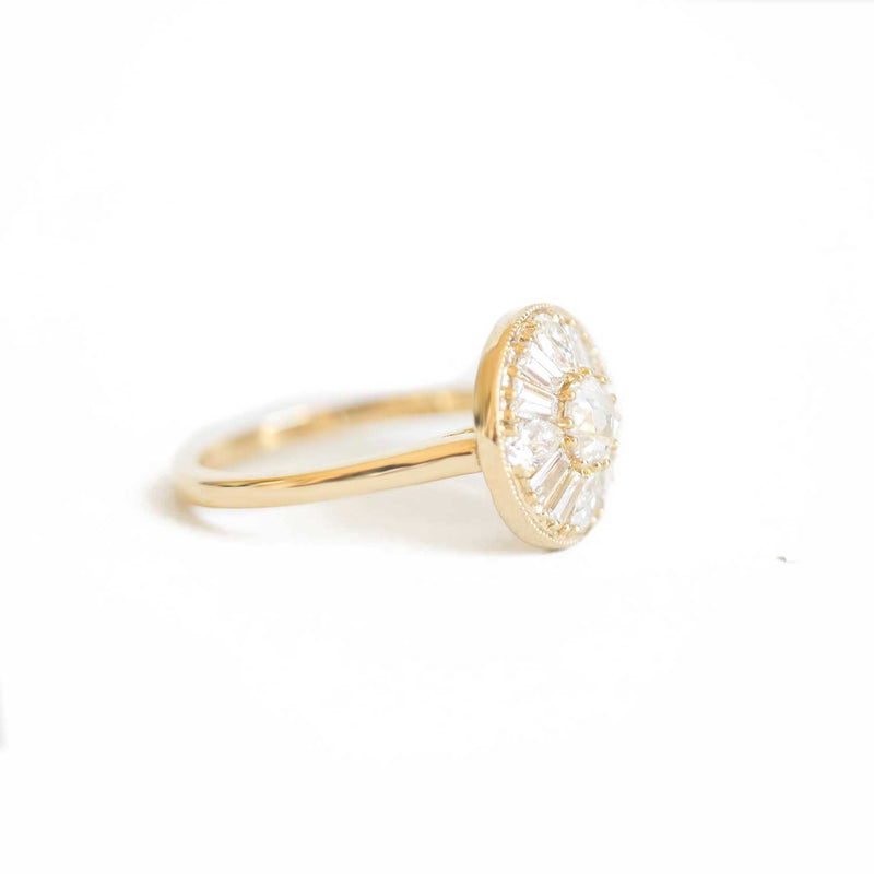 Pear & Round Brilliant Cut Diamond Mosaic Ring