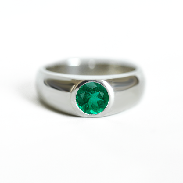 Round Emerald Signet Ring