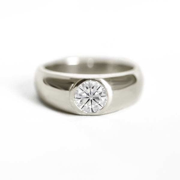 Round Moissanite Signet Ring