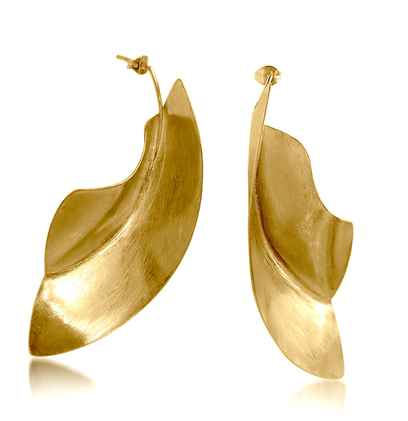 Demi Fula Hook earrings