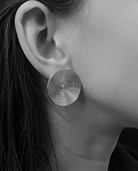 Small Full Moon earrings