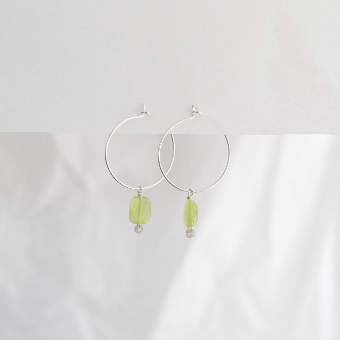 Goodheart hoops - Agates Pistachio + Grey + silver plate