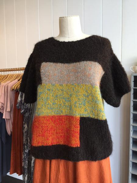 Hand knit short sleeves jumper