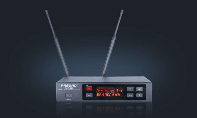 Pasgao - Wireless Mic System Withelt Pack and 1 x Headset