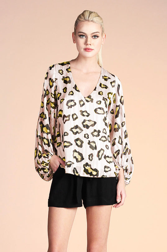 Mod Leopard Balloon Sleeve Top - Ahri