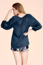 Load image into Gallery viewer, Hammered Satin 3/4 Sleeve Top