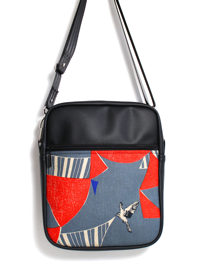 LARGE JETSETTER BAG - ECHINO FLAG - HANDMADE VEGAN BAG