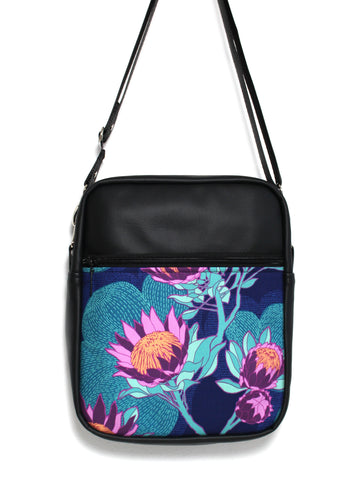 LARGE JETSETTER BAG - PROTEA - HANDMADE VEGAN BAG