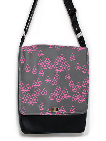 LARGE MESSENGER BAG - GEO RAINDROP PINK