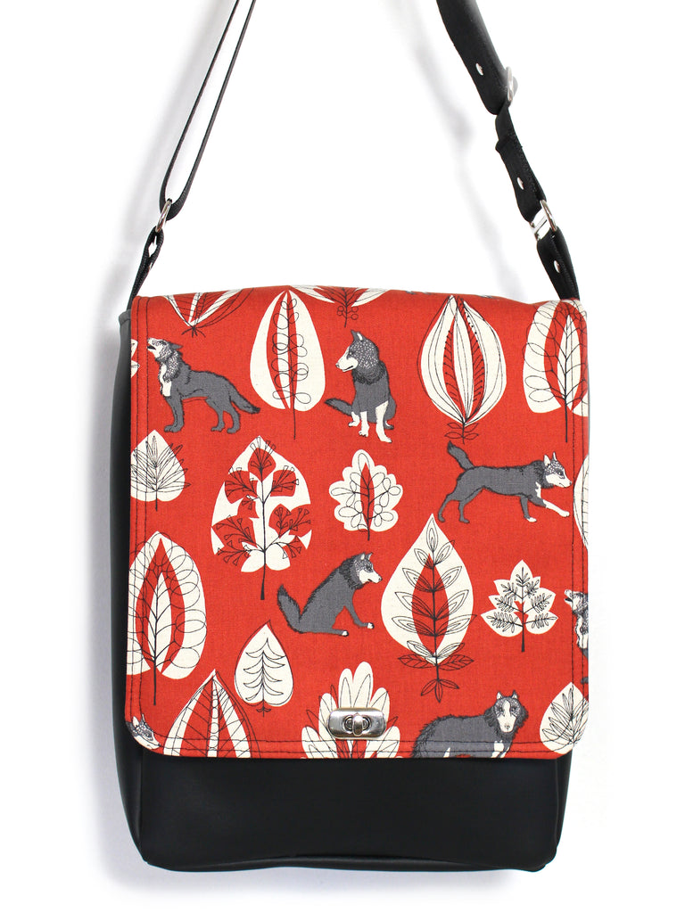 LARGE MESSENGER BAG - KOKKA WOLVES - UNISEX VEGAN BAG