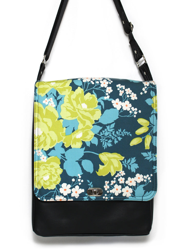 LARGE MESSENGER BAG - ROSE BOUQUET