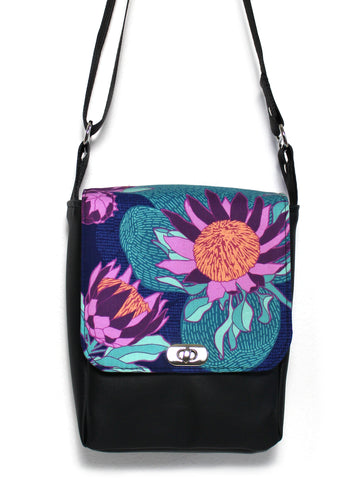 MINI MESSENGER BAG - PROTEA - HANDMADE VEGAN BAG