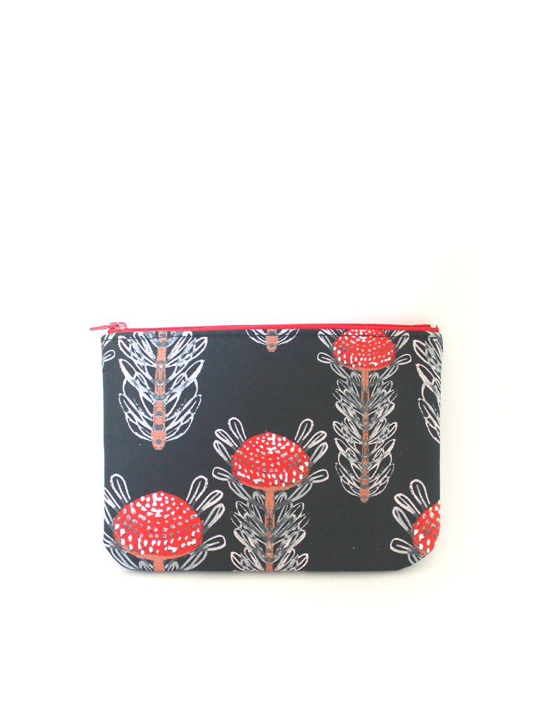 ZIPPERED POUCH - WARATAHS