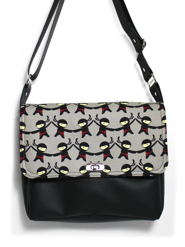 SMALL MESSENGER BAG - GREY NINJAS