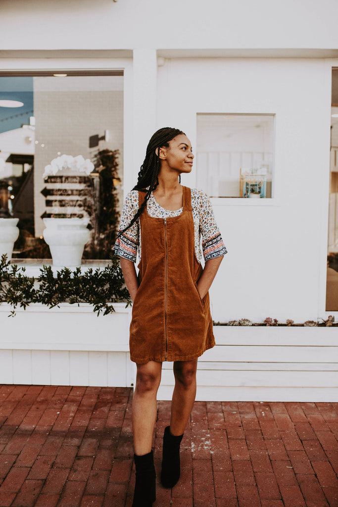 Week Of Outfits Series: A Week Of 1970s-Inspired Outfits With Leah Thomas, The Blogger Behind Green Girl Leah