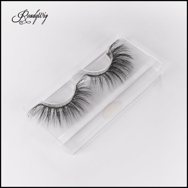 ful, fluffy false lashes with generous length and density