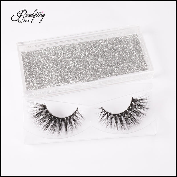 cruelty-free and light-weight lashes