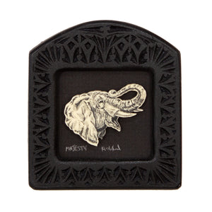 """Majesty"" Small Chip Carved Frame"