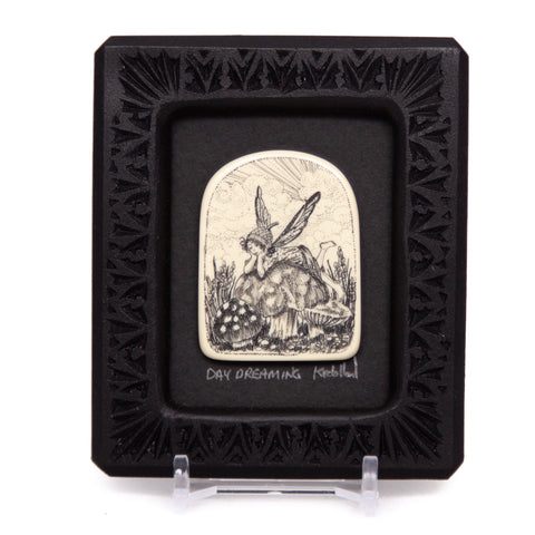 """Day Dreaming"" Small Chip Carved Frame"