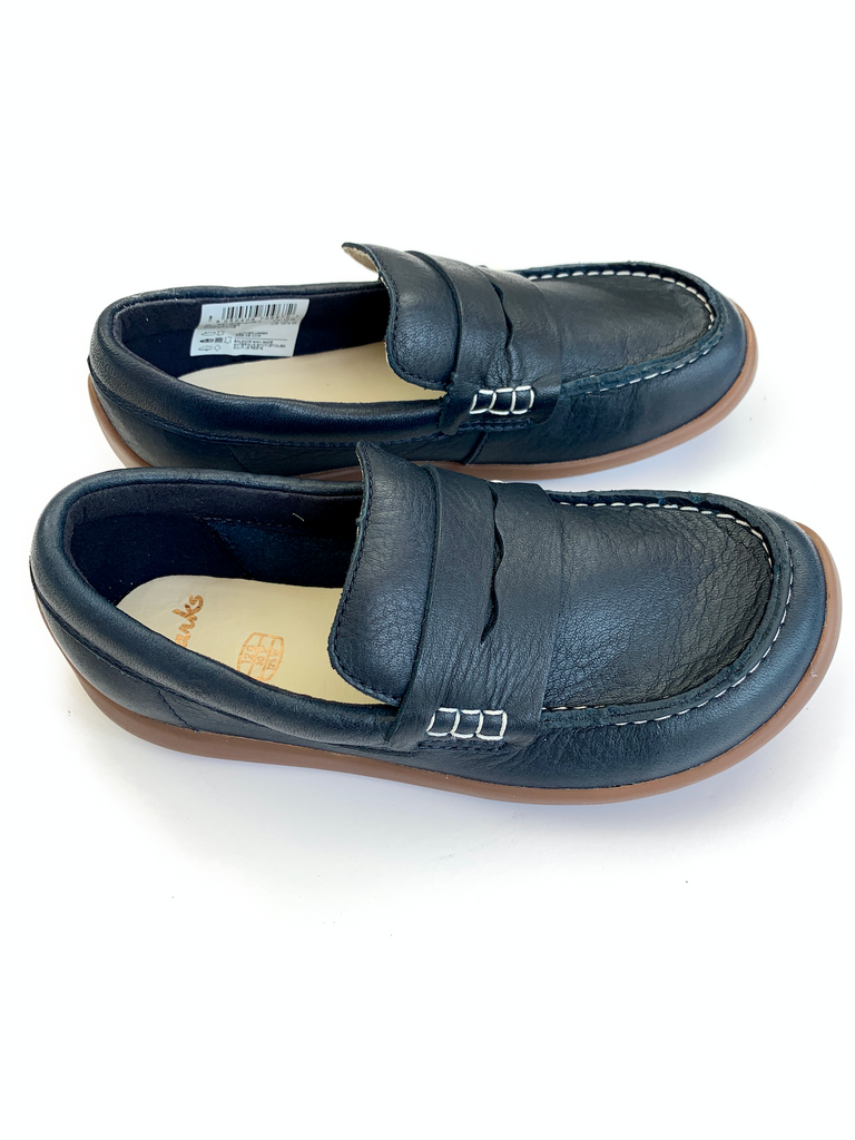 Clarks Artist Stride navy loafers - Size 30 (12)