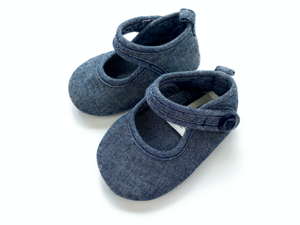 BabyGap Blue Cotton Pram Shoes - 0/3 mths