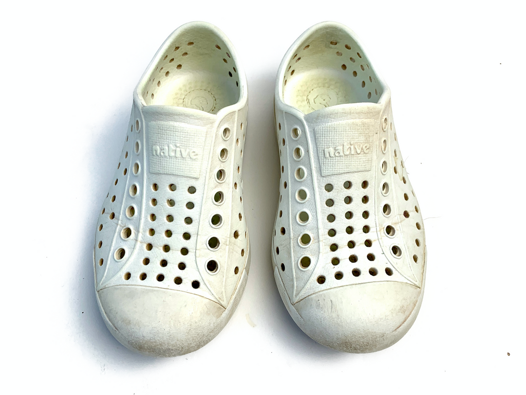 Native white waterproof - Size 8