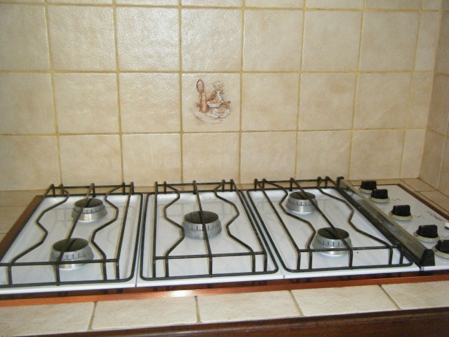 Cover Up Those Old Kitchen Tiles 3 Really Affordable Ideas To Try