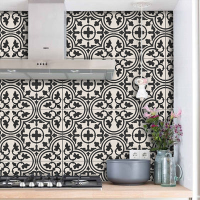 SALE! Removable Vinyl Wallpaper in Trefle Black