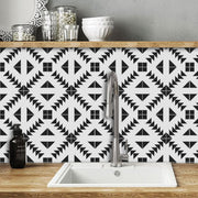 Removable Wallpaper in Zig Zag Black
