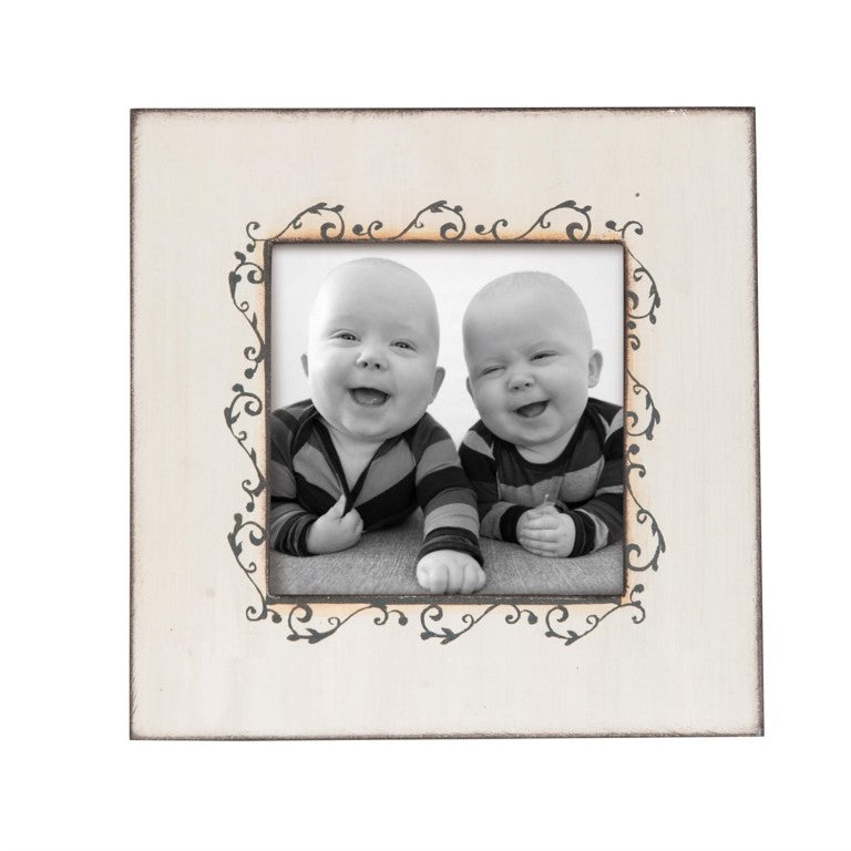SCROLL PATTERN PHOTO FRAME