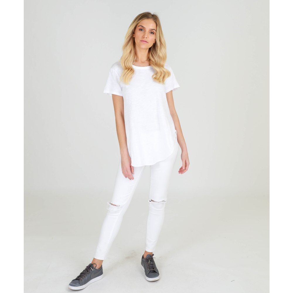 3rd Story Elwood Tee @ Basic State Simple white Tee