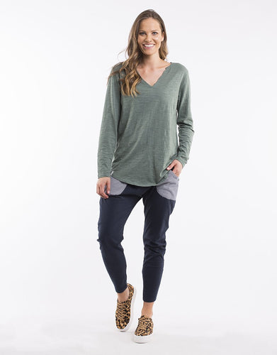 Plus Size || Elm Coles Bay Long Sleeve Henley Tee - Pine Green