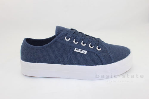 Lift Canvas Flatform Sneakers || Navy