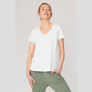 Lulu Organic Essentials || Melrose V Neck