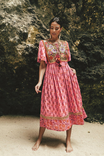 Miss June || Indah Dress - Pink