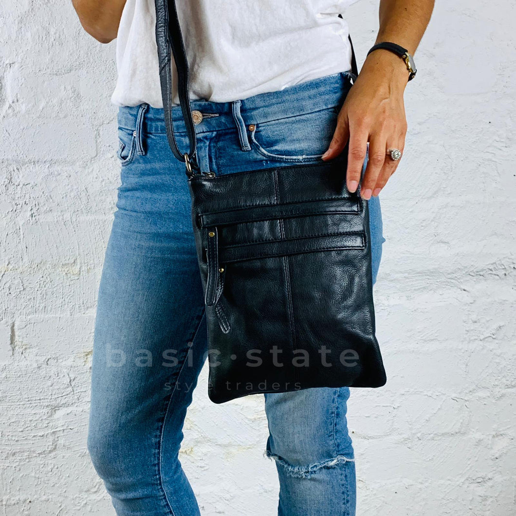 Buy Rugged Hide Wendy Cross Body Bag in Black Leather - Basic State