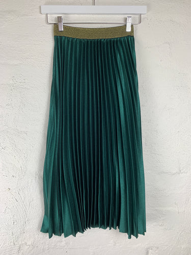 Running w Scissors Pleated Midi Skirt || Emerald
