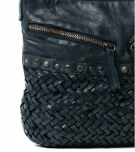 Rugged Hide Stockist, Rugged Hide Australian Stockist, Rugged Hide Australian Melbourne Stockist, Rugged Hide Yara Bag, Rugged Hide Yara, Rugged Hide Tayla Rugged Hide Yarra Rugged hide Yarra Cross Body Leather bag Rugged Hide Australian Stockist online rugged hide Buy Rugged Hide Leather bags