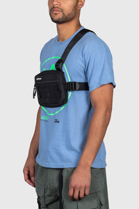 ESSENTIAL TRI-STRAP CHEST BAG - BLACK